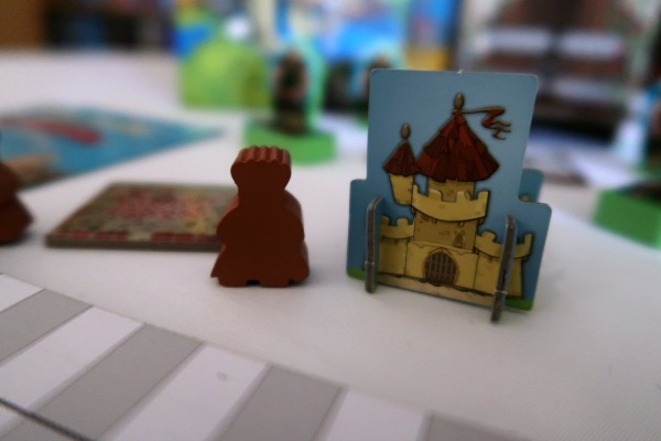 Kingdomino meeple and castle for game