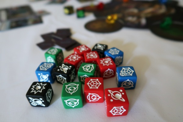 Hero dice set in Thanos Rising game